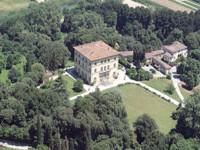 ' .  addslashes(Villa Rossi) . '