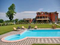 ' .  addslashes(Villa la Reggia) . '