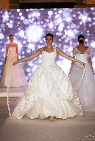 Alta moda sposa Laura La Spina