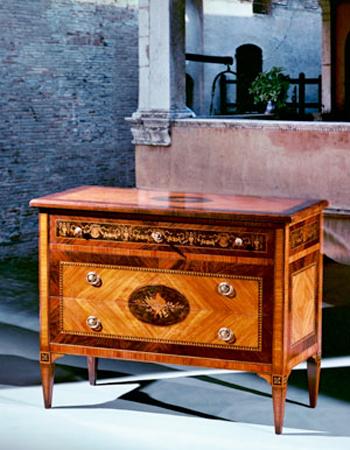 M.I.A. mobili intarsiati artistici per arredamento