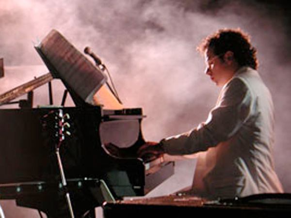 Paolo buzzi - pianista - live music & piano bar
