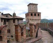 ' .  addslashes(Castello di vigoleno) . '