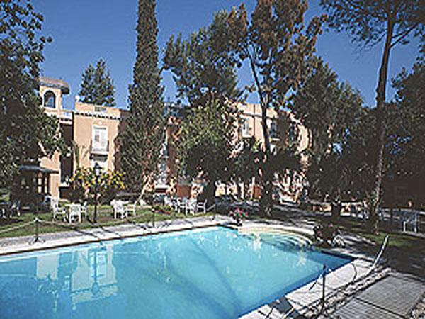 Hotel villa paradiso dell\'etna