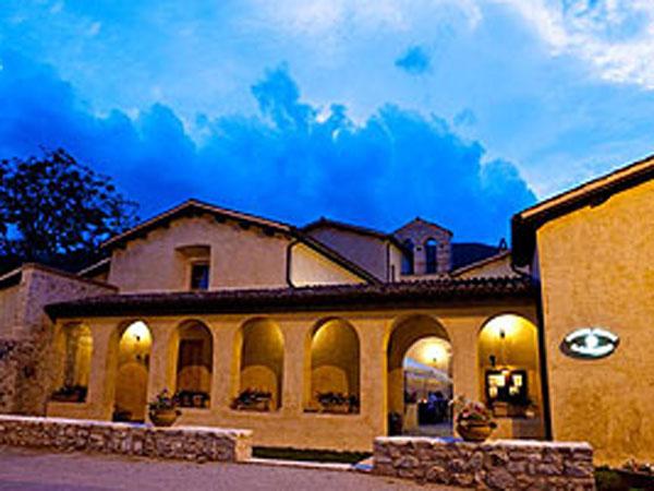 Convento di Santa Croce dimora storica del xiii secolo