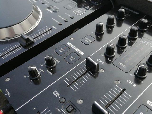 Servizio DJ Professionale - Dragon Night Eventi