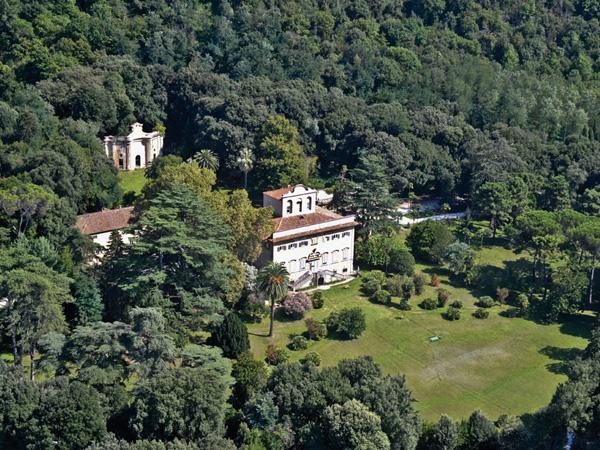 Villa e Parco di Corliano