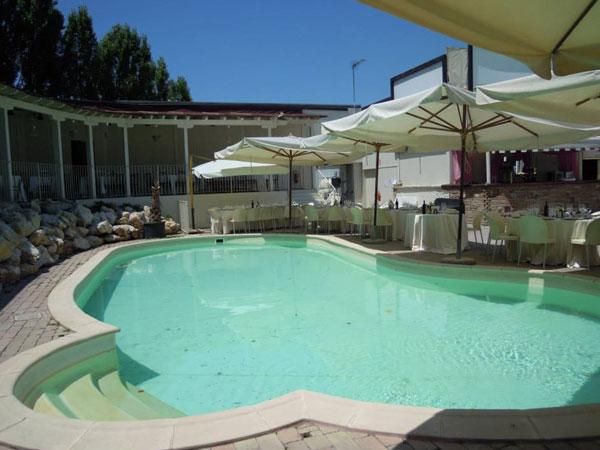 Villa prugnolo location matrimoni per il ricevimento - San giovanni in persiceto piscina ...