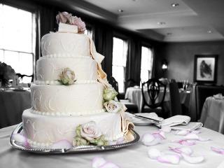 La torta nuziale regina della festa