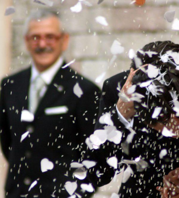 50c019efdfc4 Un abito da cerimonia elegante anche per il padre della sposa e il suo  seguito