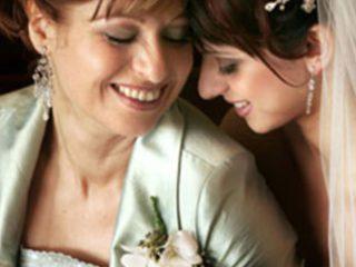 La mamma della sposa… un ruolo di tutto rispetto che merita un abito da cerimonia adatto