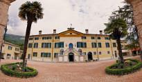 ' .  addslashes(Villa Cariola) . '