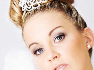 Un gioiello d'eccezione per l'acconciatura della sposa nel suo giorno speciale: il diadema