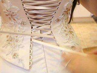 Dettagli vintage anche per l\'abito da sposa?
