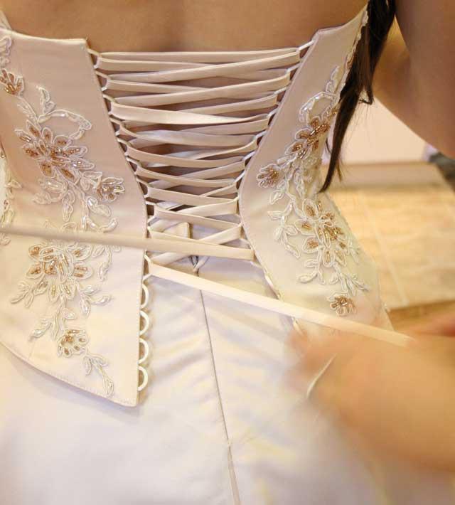 Come recuperare abito da sposa