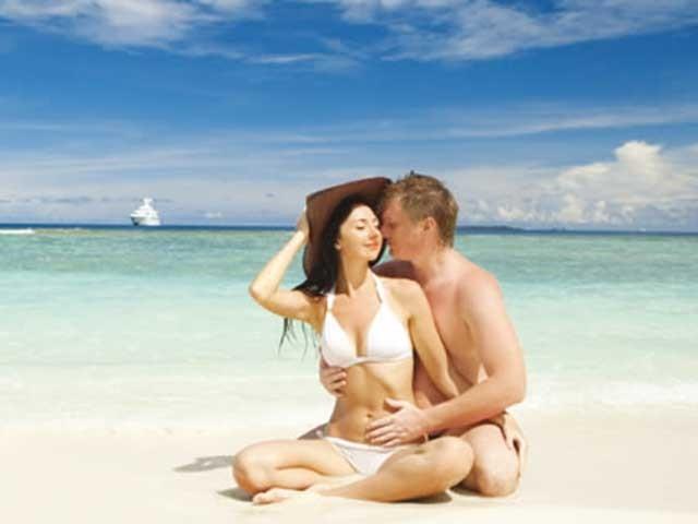 La guida Lonely Planet in omaggio agli sposi che prenotano la luna di miele nell'agenzia Istinto d'Evasione