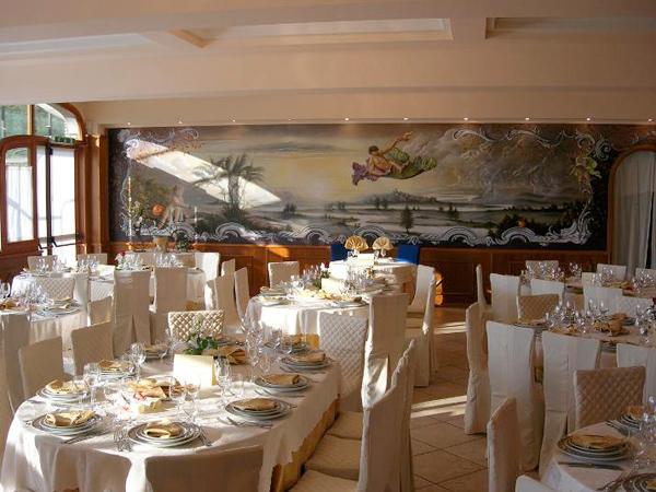 Degustazione menù in omaggio per gli sposi che prenotano presso il ristorante Berta - Hotel Italia
