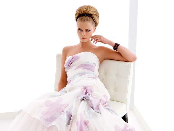 Acquistando l'abito da sposa da Arisa Mariage avrete in omaggio raffinati accessori