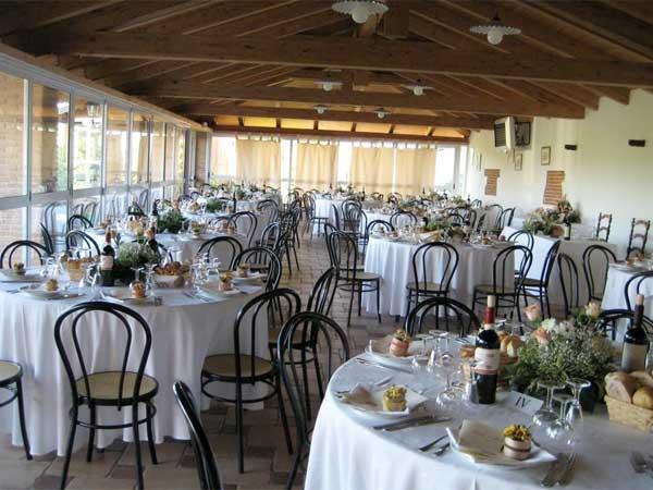 Degustazione gratuita agli sposi che prenotano il ricevimento presso il ristorante Cascina Cantavenna