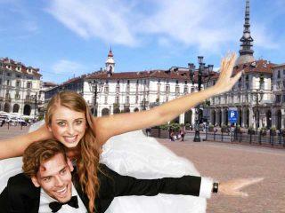 Le più belle piazze di Torino fanno da cornice al servizio fotografico matrimoniale