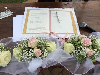 Il Celebrante per Matrimoni Simbolici offre in omaggio il servizio audio professionale