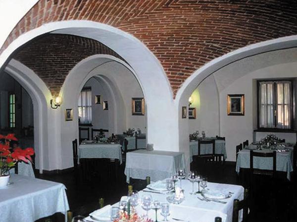 Menù nuziali feriali al prezzo speciale di 40 Euro presso il ristorante Al Mandracchio