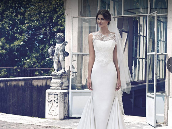 Da Atelier Morè le spose troveranno abiti di campionario o sfilata a prezzi davvero speciali