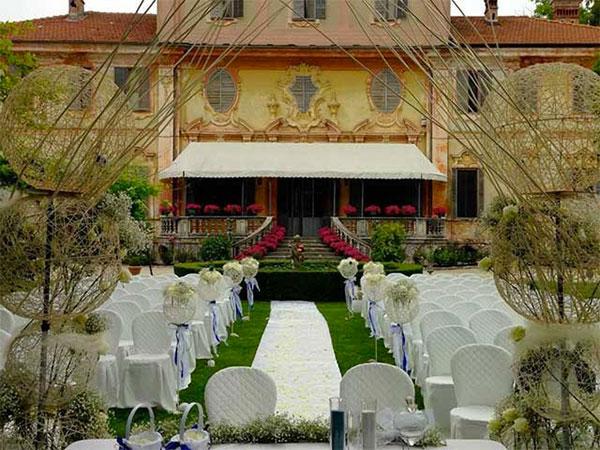 Tenuta Berroni offre agli sposi l'affitto della location e menù nuziale a un prezzo speciale