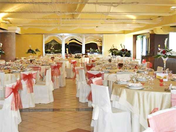 Presso il ristorante Il Salice pacchetto a 85 Euro tutto compreso e suite con SPA in regalo