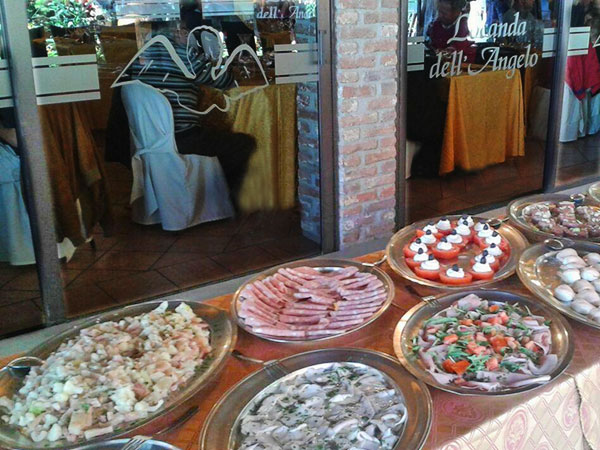 Sconto del 10% sui menù feriali e fuori stagione organizzando presso la Locanda dell'Angelo