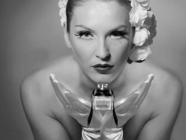 """In omaggio il profumo """"Seta"""" a tutte le spose che acquistano l'abito presso l'atelier Fabrizio Picardi"""