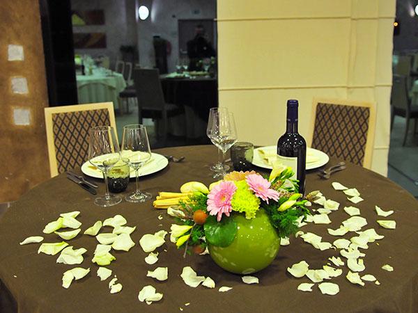 Degustazione del menù omaggio per gli sposi che prenotano il banchetto presso La Porta delle Langhe