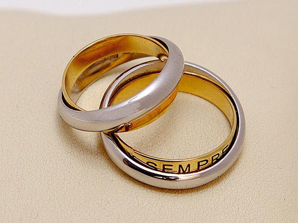 L'Arte nell'Oro applica a tutti gli sposi uno sconto del 10% sulla totalità degli acquisti