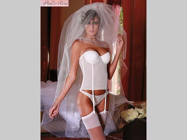 Fluido Rosa applica uno sconto del 10% a tutte le spose sugli acquisti per il matrimonio