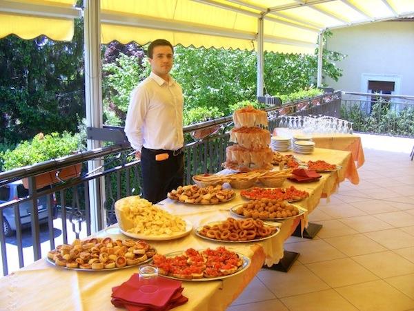 Prezzi unici al ristorante Miramonti da Willy: menù nuziali feriali da 36 Euro e fuori stagione da 39 Euro