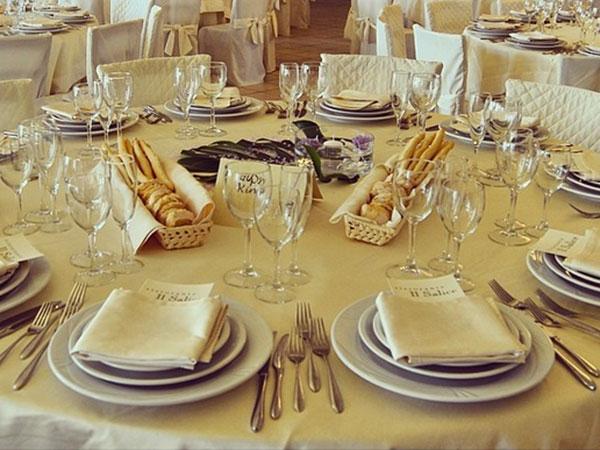 Menù di nozze feriali o fuori stagione a partire da 50 euro prenotando il ristorante Il Salice