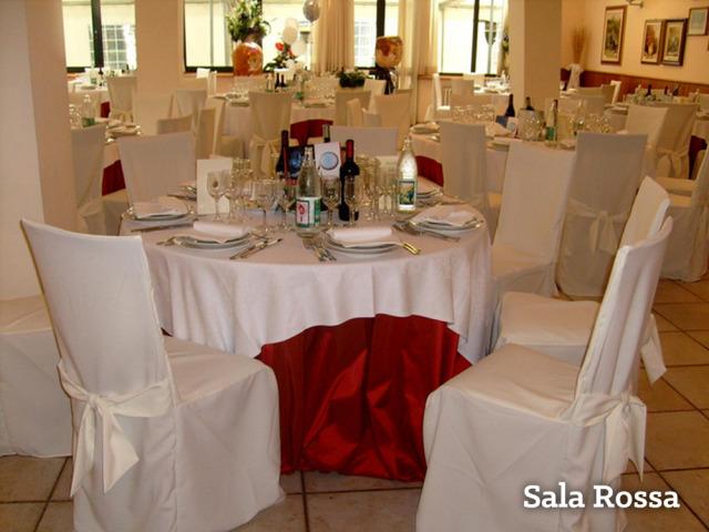 Pacchetti-Sconto e prova trucco in omaggio per gli sposi che prenotano  presso il ristorante Parco le Pigne