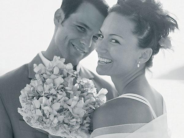 Sulla prenotazione della luna di miele alla sposa sconto del 20% e speciali servizi da Saili Viaggi