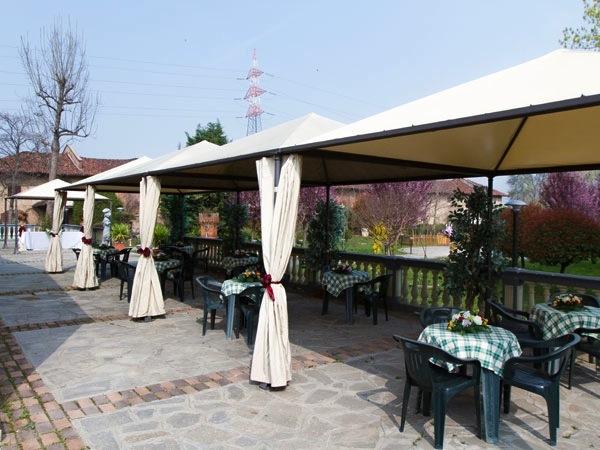 Agli sposi che prenotano presso Villa Bellezia sconto 10% per i banchetti da lunedì a giovedì
