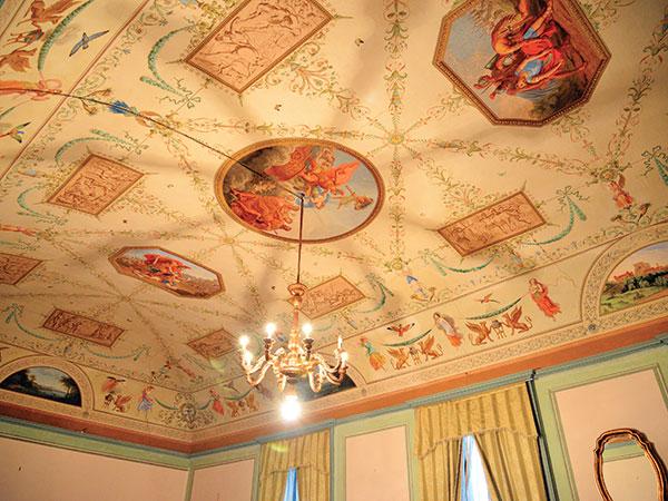 Uno speciale sconto del 10% sui servizi acquistati dagli sposi presso Villa Costa di Trinità