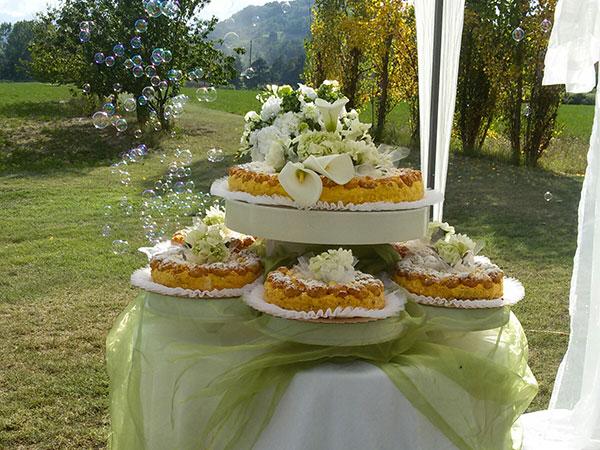 Lele Catering festeggia i nuovi sposi con omaggi speciali per il loro ricevimento di nozze