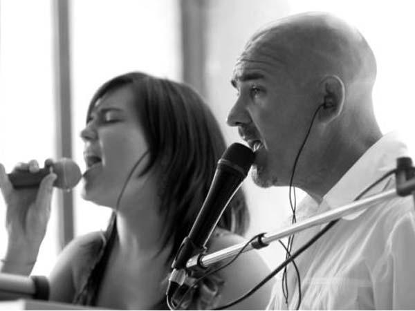 Con Bruno, Sara e Elisa la musica per le vostre nozze in formazione duo è a prezzo scontato