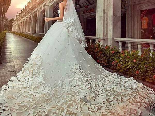 """Jes Bridal """"Haute Couture"""" by Sartoria San Lazzaro regala la scarpa da sposa su misura fatta a mano"""