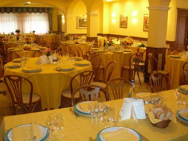 Matrimonio al ristorante Campana con menù bimbi a partire da 30 euro, gratis fino ai 3 anni