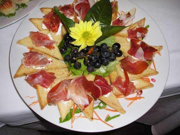Al ristorante Cannon d'Oro bimbi ospiti con i menù di nozze personalizzati da soli 15 euro