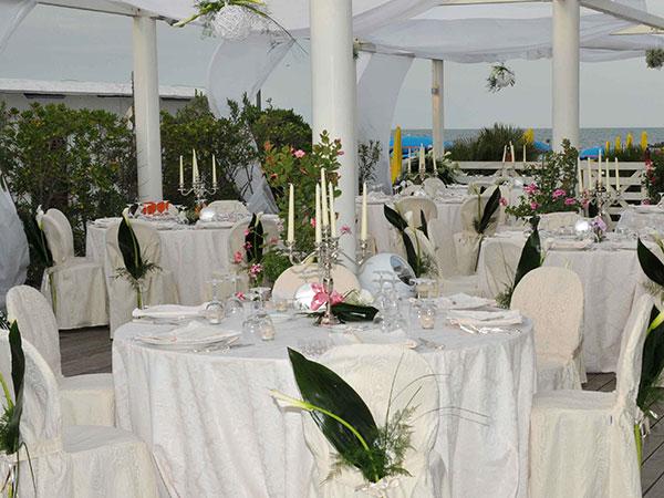Gallanti Beach coccola voi e i vostri piccoli ospiti con prezzi speciali per le vostre nozze