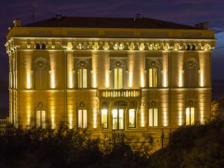 Scegliendo il ristorante Hotel Universal, un'elegantissima suite è omaggio per la prima notte di nozze