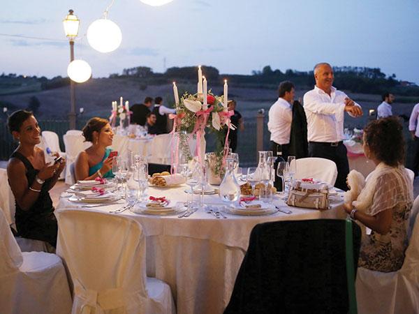 Celebrate le nozze al ristorante Monferrato Resort dove i menù bambini partono da 35 euro