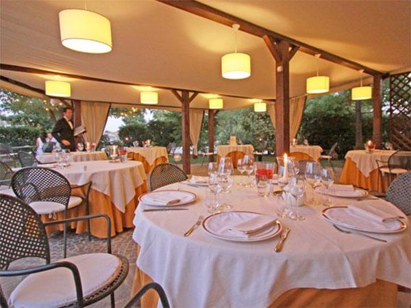 Super offerte sui menù bambini per le vostre nozze presso il Restaurant Relais-Romantik Hotel Furno