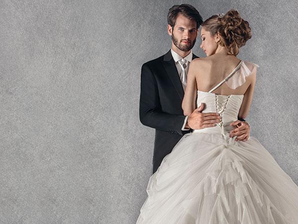 Acquistando l'abito da sposa presso l'Atelier Lucente, i genitori degli sposi hanno il 10% di sconto