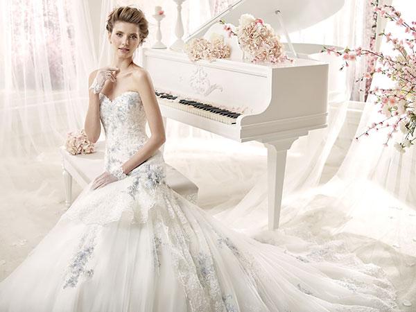 Acquista l\'abito da sposa nel mese di dicembre presso Kappadisposi e  le scarpe sono in regalo
